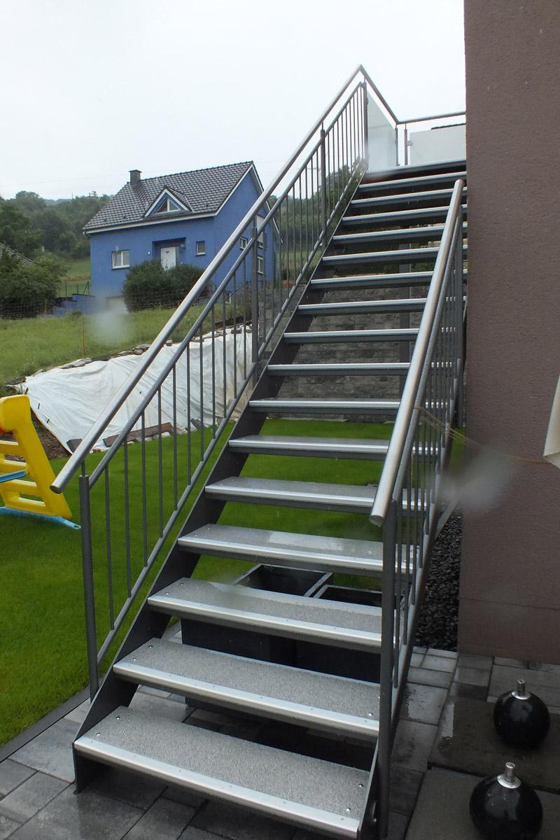 Treppen | HAWA Hansen & Wallenborn GmbH, Herforst